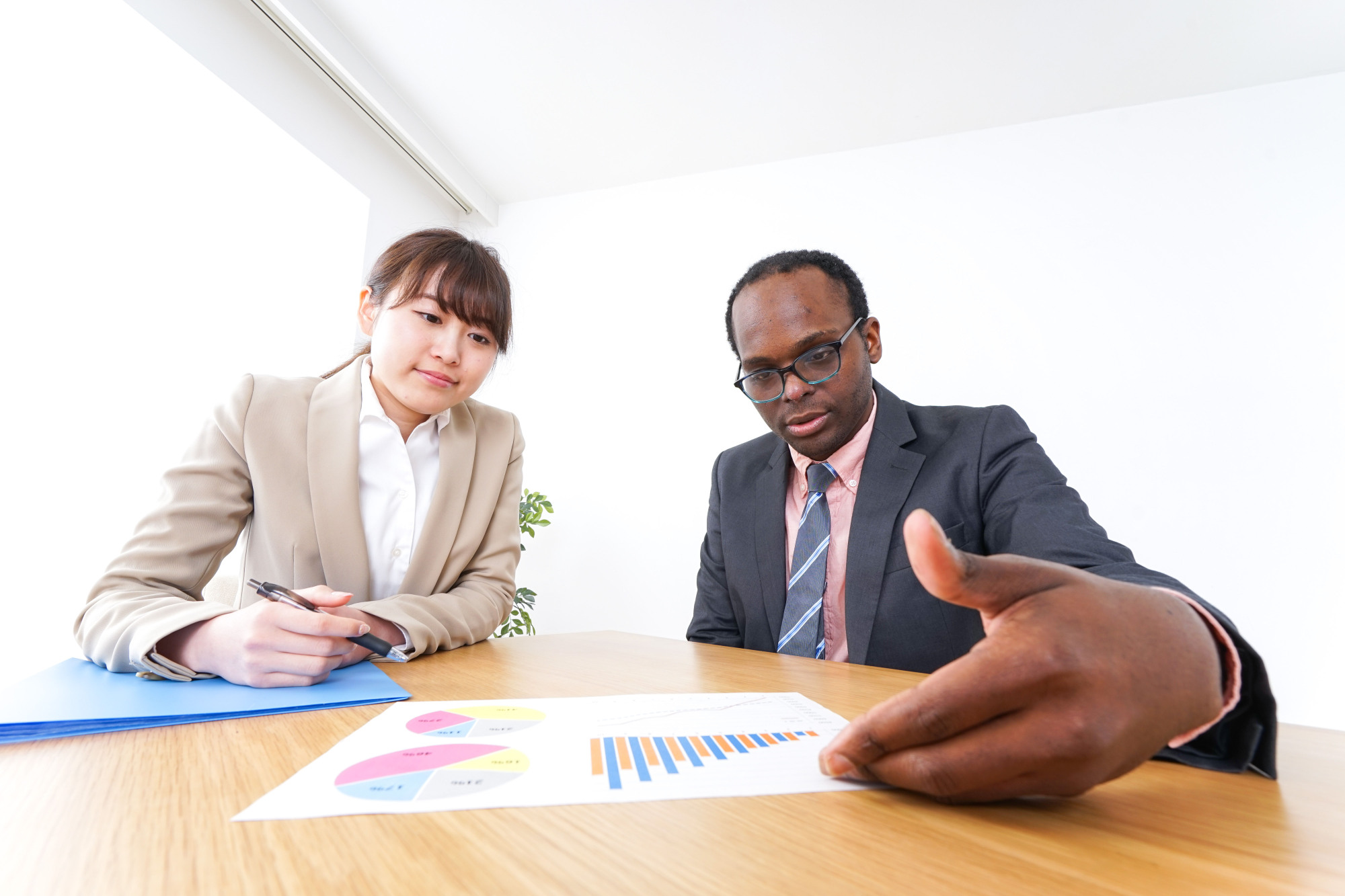 Communication skills: Many non-Japanese are now entering the market with Japanese Language Proficiency Test Level 2 certification. | GETTY IMAGES