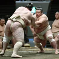 Emperor's Cup up for grabs at Autumn Basho