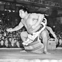 The original Wakanohana appeared in his biopic film 'Dohyo no Oni' ('Devil of the Dohyo') in 1956. | KYODO