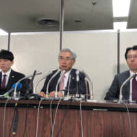 Junichiro Hironaka, a lawyer in the legal team representing former Nissan Motor Co. Chairman Carlos Ghosn, attends a news conference at the Tokyo District Court on Thursday. | SATOSHI SUGIYAMA