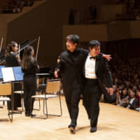 Firm friends: Fumiaki Miura (left) and Nobuyuki Tsujii met in 2015 and became good friends, often holding concerts together. | HIKARU