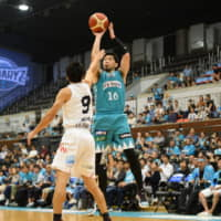 Hannaryz edge Grouses in dramatic series opener