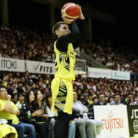 Sunrockers get back on track in win over Brave Thunders