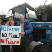 Farmers bring central Dublin to a halt with tractor protest over beef prices, climate initiatives