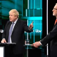Jeremy Corbyn catches up with Johnson in dramatic U.K. election debate