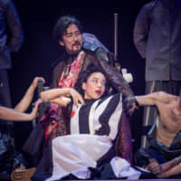 Tragic kingdom: Kunio Sugihara's adaptation of the 10-hour epic play, 'The Greeks,' features a cast of varying ages and acting backgrounds. | YOSHIKAZU INOUE