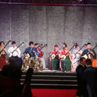 A shamisen performance during the New Zealand Olympic Gala 2019 at the Hilton Tokyo in Shinjuku Ward on Oct. 31 | ISPS