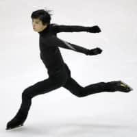 Yuzuru Hanyu skates during practice for the NHK Trophy on Thursday in Sapporo. | KYODO