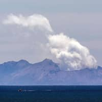 Tremors worsen around New Zealand volcano, preventing recovery of bodies