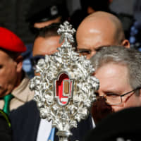 Supposed relic from Jesus' manger arrives in Bethlehem as Christmas gift from pope