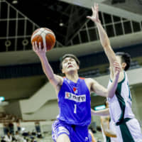 Rizing Zephyr's Shunto Murakami gives team big lift in fourth quarter against Storks