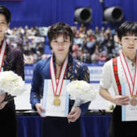 Shoma Uno wins fourth straight national title as Yuzuru Hanyu falters in free skate
