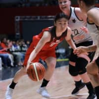 Point guard Nako Motohashi and the Japan women's basketball team could contend for a gold-medal finish on home soil. | KAZ NAGATSUKA