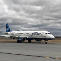 JetBlue takes steps to become carbon-neutral airline