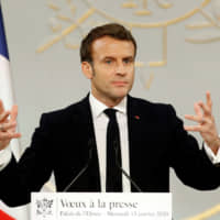War of attrition: Macron plans to financially grind down French strikers