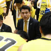 Coach Tsutomu Isa has guided the Sunrockers to a 17-9 record through Sunday. | B. LEAGUE