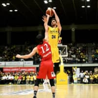 Ryan Kelly, a former Los Angeles Lakers forward, gives the Sunrockers a consistent scoring presence on the perimeter. | B. LEAGUE