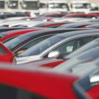 Exports of such items as auto parts to China, cars to the United States and steel to Thailand slowed, with a ministry official saying a 'global slump' in automobile sales significantly affected Japan's exports. | KYODO