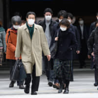 Japan to punish reselling of masks for profit with year in prison, ¥1 million fine — or both