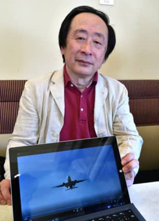 Kiwami Omura is the 61-year-old head of a group of residents opposing the new Haneda Airport corridors. | YOSHIAKI MIURA