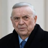 Brazilian Jose Maria Marin, one of three defendants in a FIFA corruption scandal, arrives at the Federal Courthouse in Brooklyn, New York, on Nov. 15, 2017. | AFP-JIJI