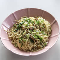 Pucker up: Umeboshi (pickled plums) provide a dose of citric and benzoic acid, which limits the proliferation of bacteria, while nattō (fermented soybeans) are packed with protein and minerals in this healthy, immune system-boosting pasta. | MAKIKO ITOH