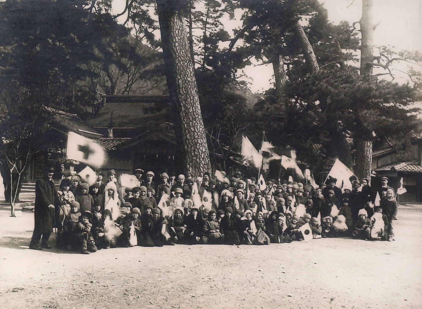 Polish orphans displaced by the Russian Revolution (1917 to 1923). Tsuruga welcomed a total of over 750 rescued children during 1920 and 1922. | TSURUGA CITY