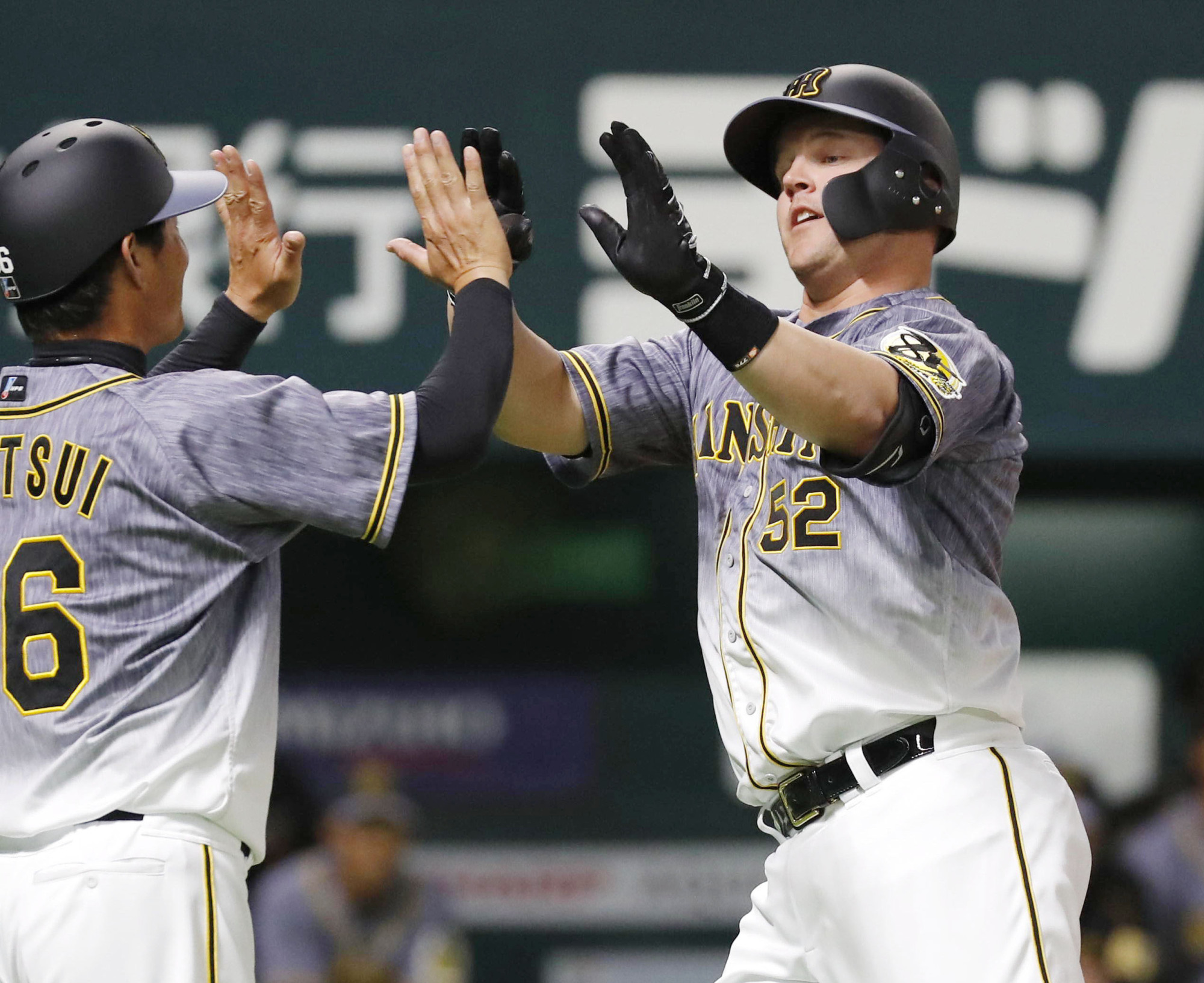 Hanshin's Jerry Sands is preparing for his first season in Japan after playing in the Korea Baseball Organization for the past two seasons.   KYODO