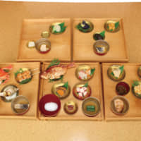 On May 15, 1582, Oda Nobunaga, a powerful 16th-century warlord, appointed his general Akechi Mitsuhide to entertain Tokugawa Ieyasu, who later seized power over the whole country in 1603, at Azuchi Castle. This is a reproduction of the honzenryori full-course meal prepared on that occasion. The main dishes are octopus, cooked sea bream and the famous raw crucian carp of the Omi region.   AYAO OKUMURA, MIKETSUKUNI WAKASA OBAMA FOOD CULTURAL MUSEUM
