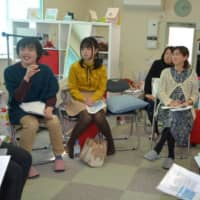 People exchange opinions on the problems LGBT people face at a gathering in February hosted by university students in Fukushima Prefecture. | FUKUSHIMA MINPO