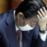 Abe cautious about declaring emergency despite spike in virus cases
