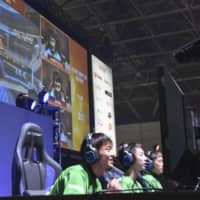 Esports pull in more viewers as coronavirus halts live competitions