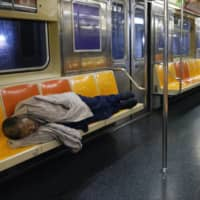 In New York, homeless feel safer in subway stations than in shelters