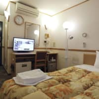 A guest room in a hotel that has been designated as a lodging facility to which the Tokyo Metropolitan Government will transfer coronavirus patients with mild or no symptoms to prioritize in-hospital treatment for those with severe symptoms. | KYODO
