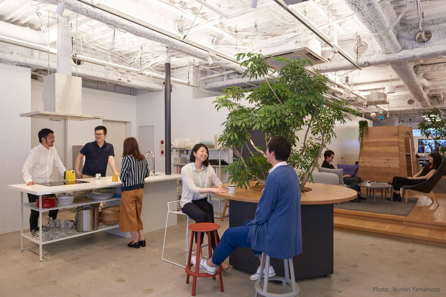 Tokyo-based workplace design and project management company DE-SIGN INC. has created offices for several global companies. | COURTESY OF DE-SIGN INC.