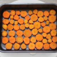 Freezer ready: Carrots sliced and laid out in a single layer ready to be frozen for long-term storage. | CHIARA TERZUOLO