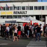 'We thought too big,' Renault says as it axes 15,000 jobs