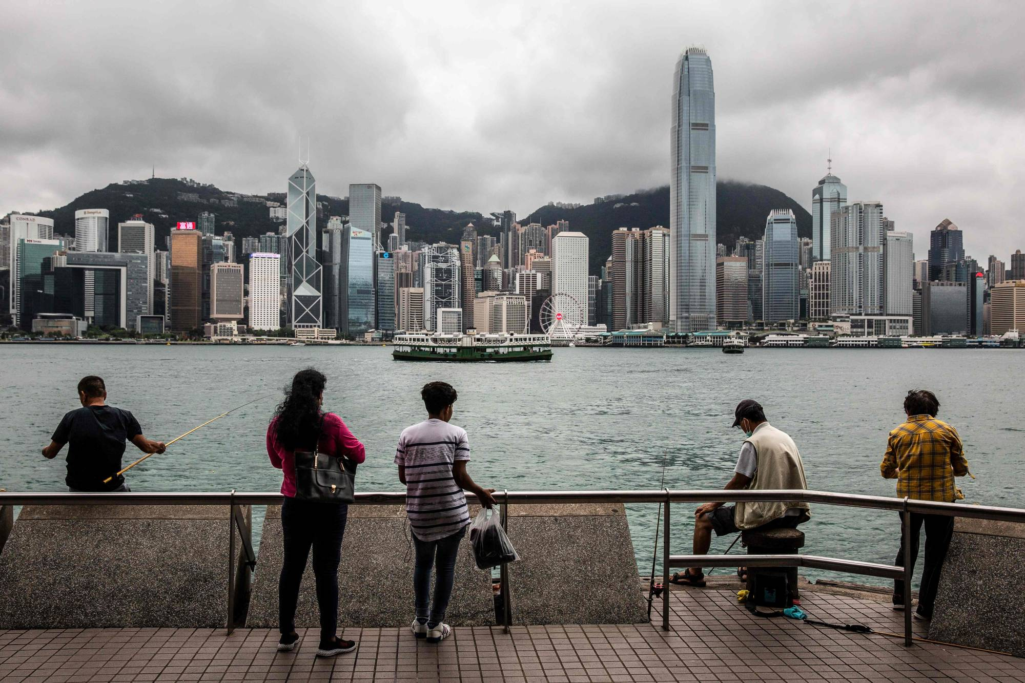 Former foreign secretaries from both sides of Britain's political divide have called on Prime Minister Boris Johnson to take a more proactive role in the Hong Kong situation. | AFP-JIJI