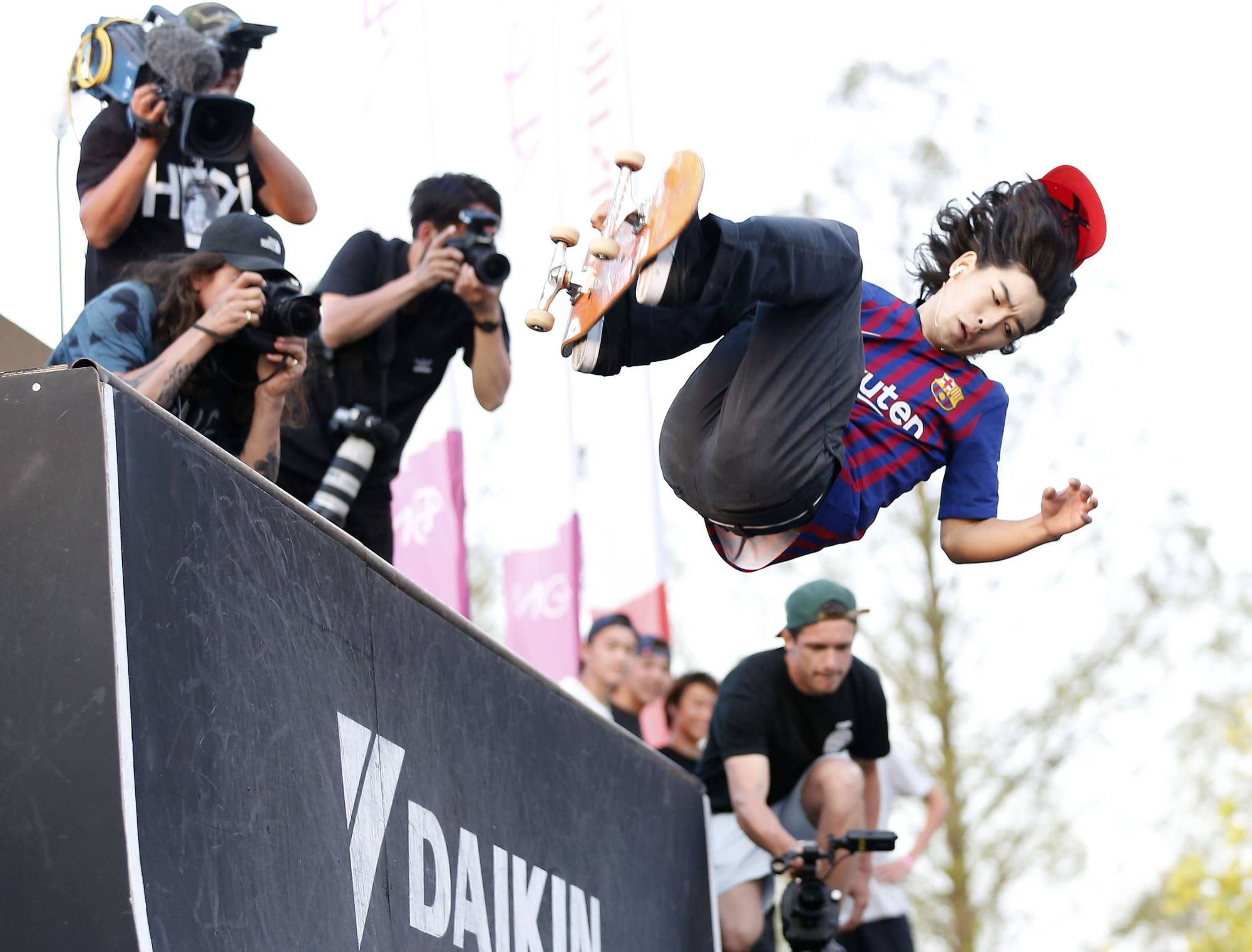 Daisuke Ikeda competes during the skateboarding competition at FISE Hiroshima 2019 in Hiroshima last April. | KYODO