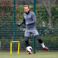 Tottenham's Harry Kane practices on March 9 in London. | REUTERS