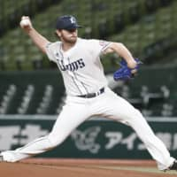 Zach Neal won 12 games in 2019 and was the top pitcher for last season's Pacific League champions. | KYODO