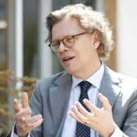 Swedish ambassador to Japan offers hints on making the best of paternity leave