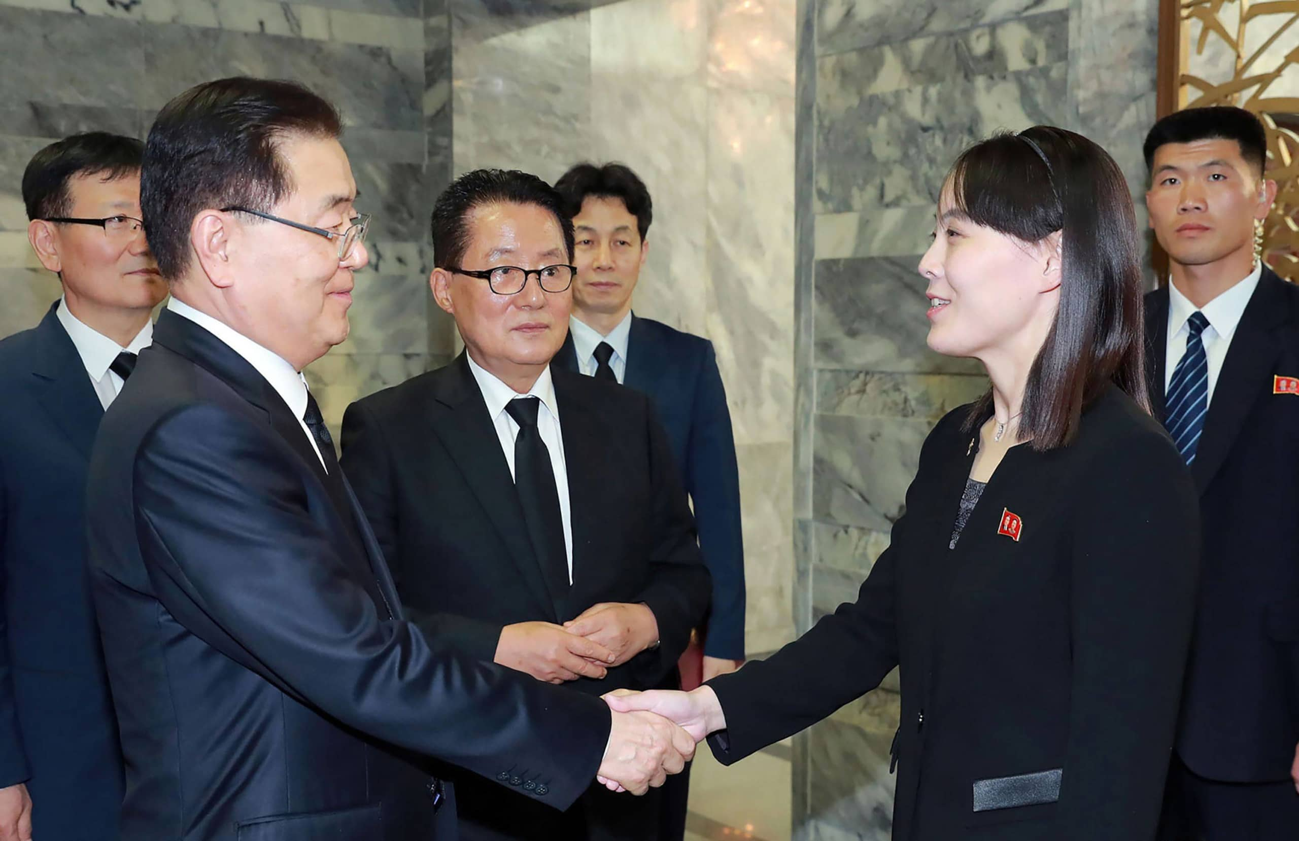 South Korea's newly appointed spy chief Park Jie-won (center) and other South Korean delegates meet with Kim Yo Jong in 2019.    KCNA / VIA KNS / VIA AFP-JIJI