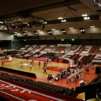 The Jets Funabashi host the Brex in an empty Funabashi Arena on March 14 as a result of the COVID-19 outbreak. | KAZ NAGATSUKA