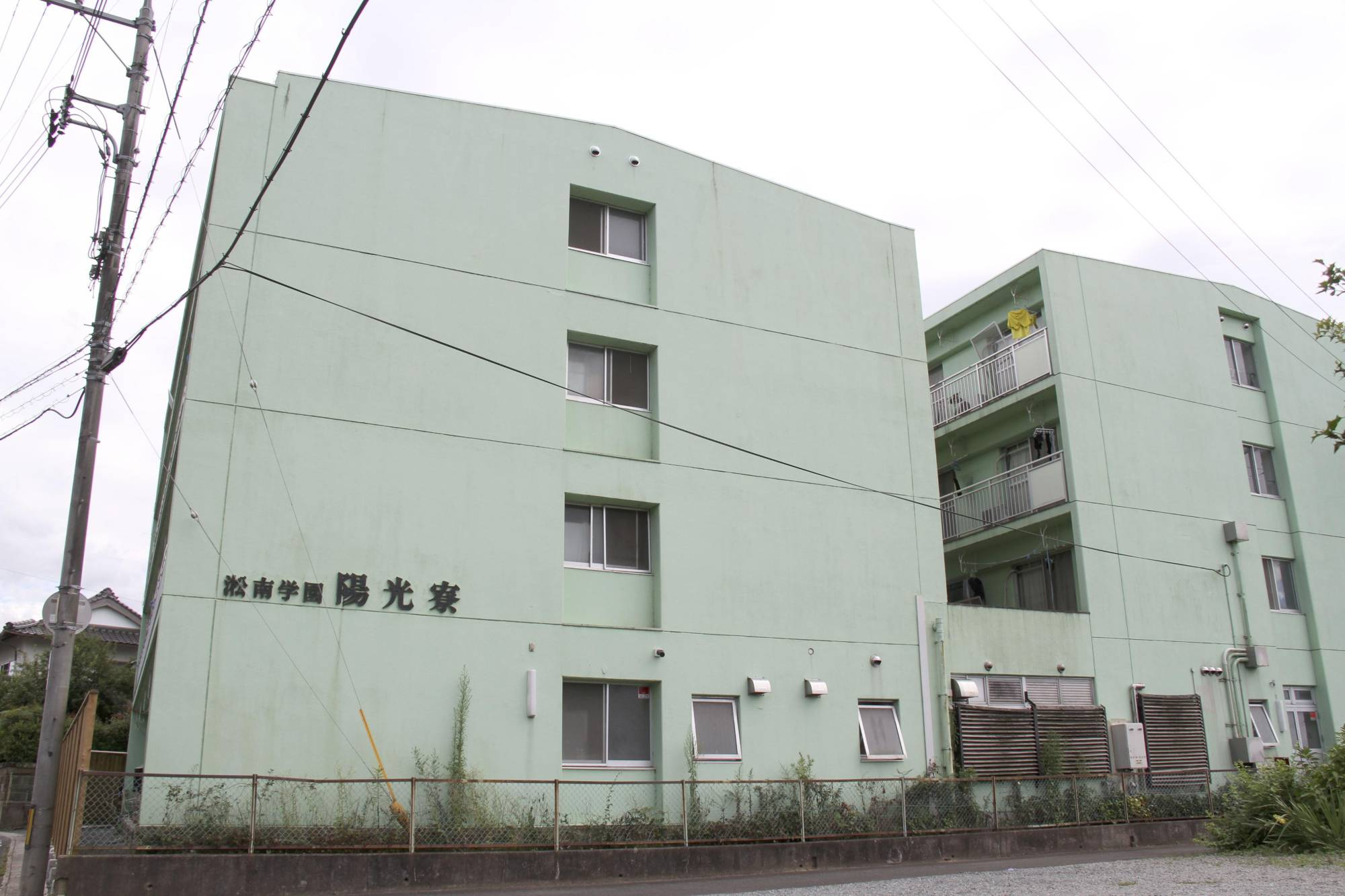 A large cluster of COVID-19 infections was reported at a soccer club dormitory at Rissho Shonan High School in Matsue, Shimane Prefecture. | KYODO