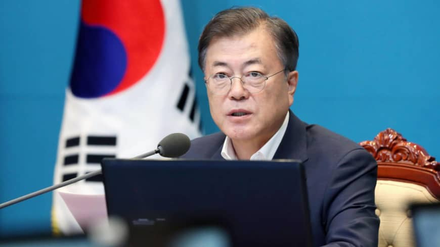 Moon Jae-in to focus on victims in 'comfort women' row with Japan