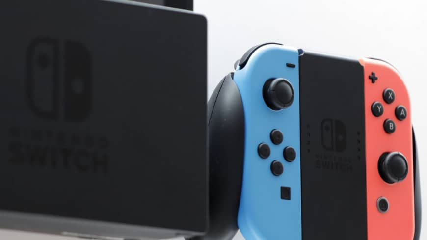 Nintendo boosts Switch production by another 20%