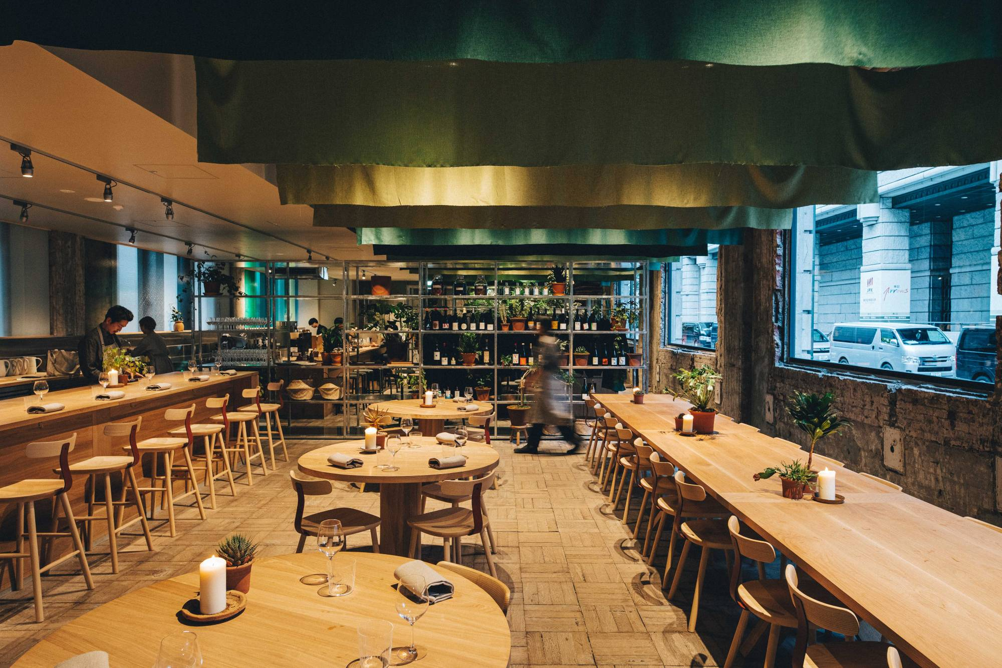 Collaboration: Caveman staff worked with design firm Claesson Koivisto Rune to design the interior of the restaurant. | ©︎ K5