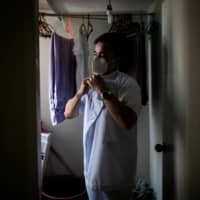 'Hero' nurses struggle to leave Philippines amid pandemic