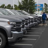 In SUVs and on planes, richest 1% drive climate-heating emissions